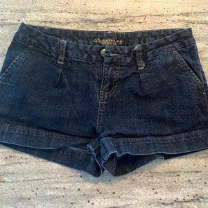 AMERICAN RAG CIE SHORTS // DENIM
